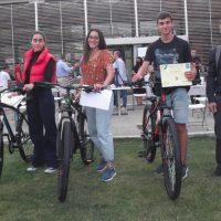 Το 1ο βραβείο στο Μαθητικό και Φοιτητικό Διαγωνισμό Προγραμματισμού με θέμα «Κοζάνη: Έξυπνη Πόλη – Παράθυρο στο Μέλλον» σε μαθητές του 4ου ΓΕΛ Κοζάνης
