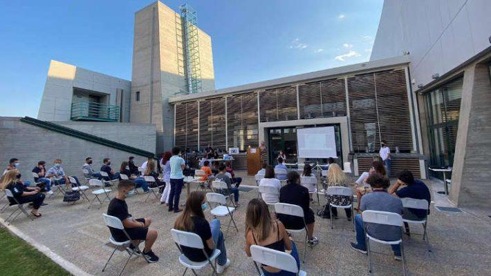«Κοζάνη, Έξυπνη πόλη»: Οι βραβεύσεις και το μήνυμα της προέδρου της Επιτροπής Ελλάδα 2021 Γιάννας Αγγελοπούλου – Δείτε μαγνητοσκοπημένη την εκδήλωση